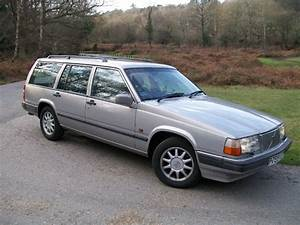 Volvo 940 - Information And Photos