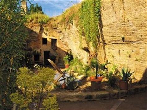 chambre d hote doué la fontaine week end troglodyte en chambre d 39 hôte et visite du bioparc