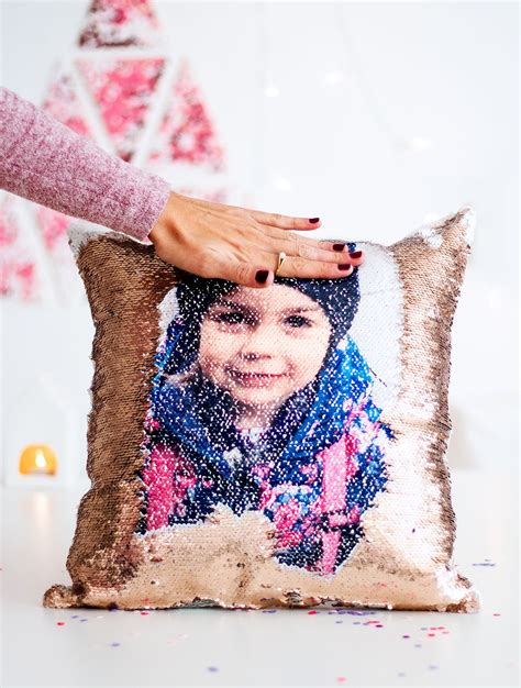 persönliche fotogeschenke selber machen pailletten kissen als geniales fotogeschenk diy karte geschenkideen verpackungen