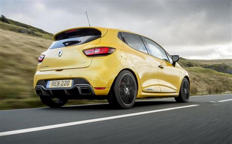 clio renault 2018 renault clio r s trophy now on sale in australia