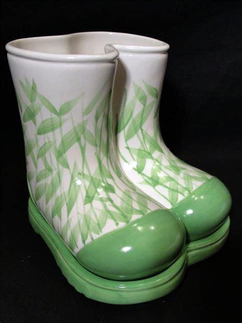 Dept 56 Rain Boot Galoshes Planter Vase Pencil Pen Utensil