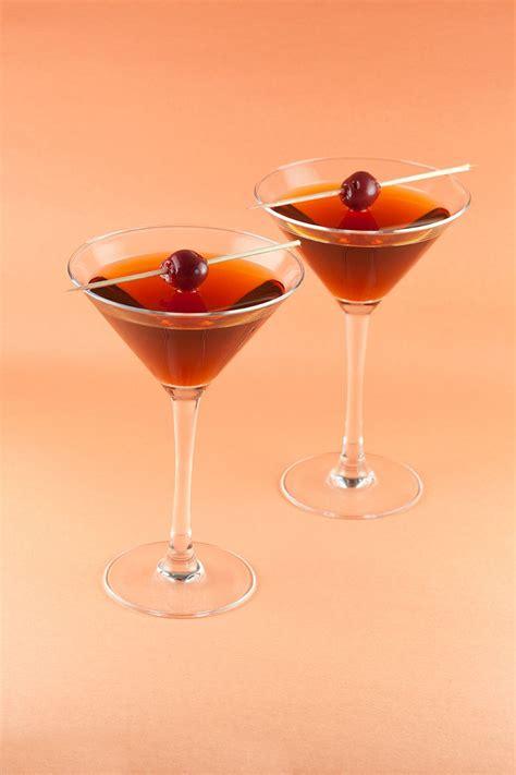 Classic Manhattan Cocktail Ohmydishcom