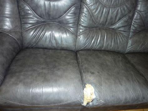 trou canapé cuir le canapé en cuir paperblog