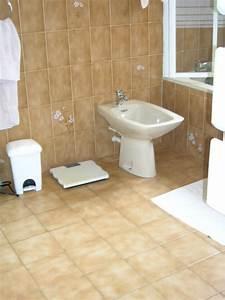 recouvrir du carrelage sol et murs dans une salle With recouvrir carrelage salle de bain