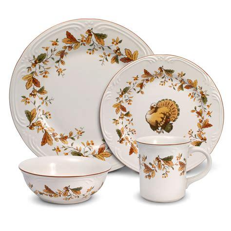 thanksgiving china sets pfaltzgraff thanksgiving autumn berry 48 piece dinnerware set filigree ebay