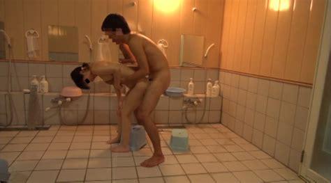 妹と風呂場sexに没頭する兄の投稿映像 アダルト動画 duga