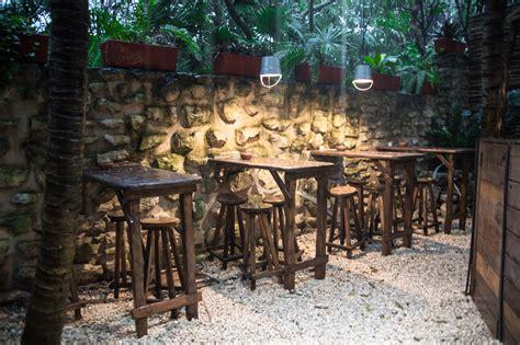 luxury restaurants   world kitchen table tulum