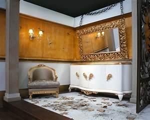 Moderne Wandspiegel Wohnzimmer : wandspiegel im barock stil ausdrucksstarke dekoration ~ Markanthonyermac.com Haus und Dekorationen