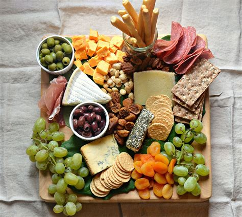 solve cheeseboardloveandfoodforeva jigsaw puzzle    pieces