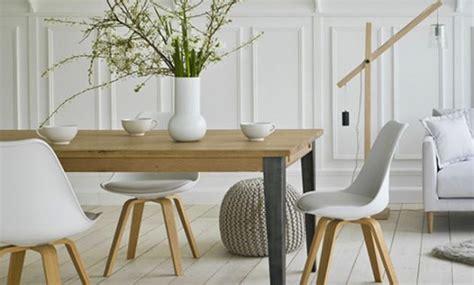 table a manger industriel pas cher chaise industriel pas cher console en mtal 110 industriel atelier de meubles industriels