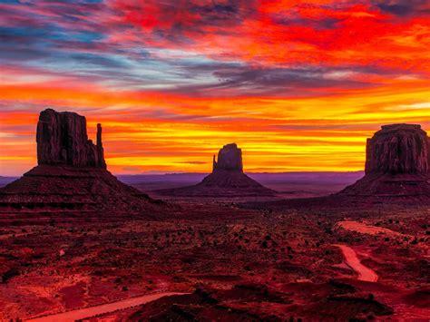 sunset monument valley desert region  red sand arizona