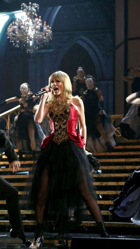 Pin by Maria on Taylor swift   Taylor swift red, Taylor ...