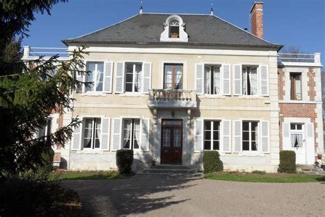 maison 2 chambres a vendre maison de maître à vendre en bourgogne maison de maître à