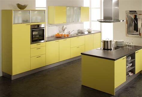 Kuche Gelb by K 252 Che In Gelb K 252 Cheninsel Www Dyk360 Kuechen De Gelbe
