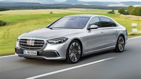 With its powerful engines, luxurious accommodations, great attention to detail and almost overwhelming amount of onboard tech. 2021 Mercedes-Benz S-Class Exterior | Motor1.com Photos