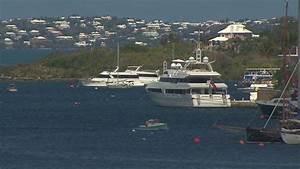 Super rich take advantage of tax havens - Video - Business ...