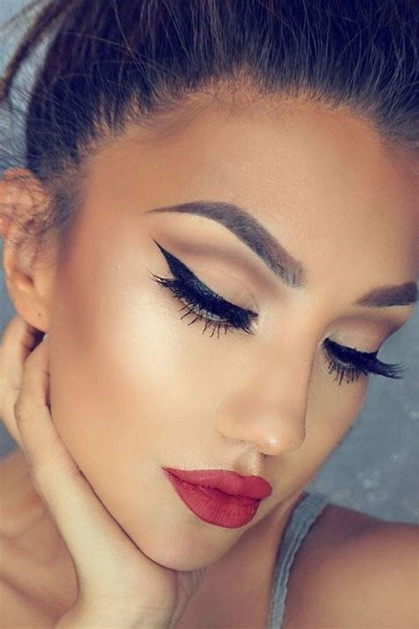 romantic valentines day makeup    fashions