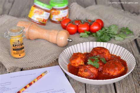boulettes de poulet  la sauce tomate curry laets bake