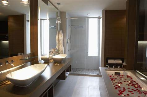 55 Amazing Luxury Bathroom Designs