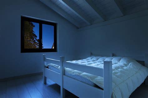 Light In Your Bedroom by How To Darken Your Bedroom For Better Sleep Get Green Be