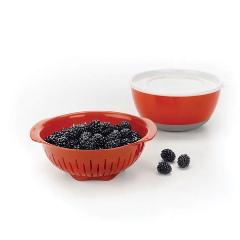 oxo good grips berry bowl colander set  piece cutlery