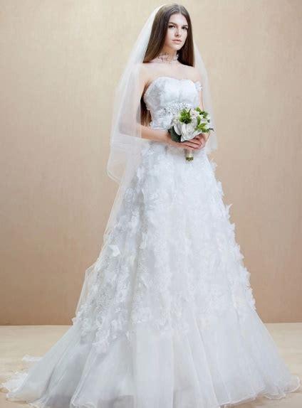 vestiti da sposa con fiori abito da sposa stile impero con fiori e con gonna scanata