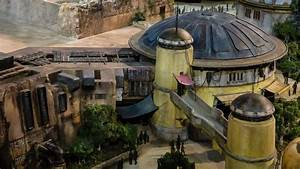 Star Wars: Galaxy's Edge & Toy Story Land Models on ...