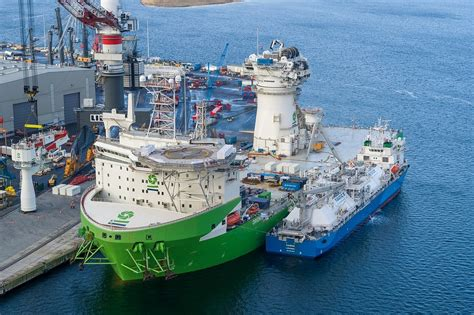 offshore installation vessel orion fuelled