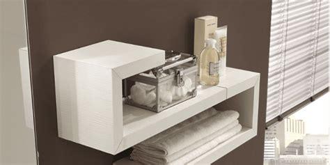 mensole in bagno mensole singole o in combinazioni d effetto cose di casa