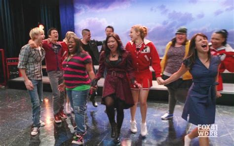 Image Ep 9 Dog Days Are Over 11 Glee Tv Show Wiki