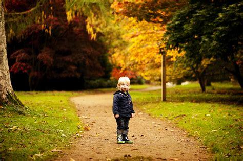 Autumn! Toddlerfamily Outdoor Photoshoot In Oxfordshire