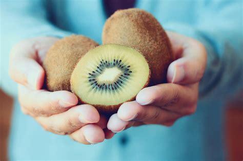 cosa mangiare in caso di stitichezza benessere intestinale cosa mangiare contro la stitichezza
