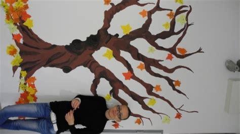 Herbst Baum Fenster by Basteln Jahreszeiten Baum Bouwunique