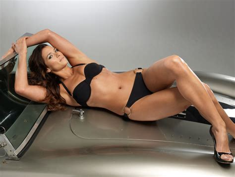Danica Patrick Topless Selfie On Sports Illustrated ...
