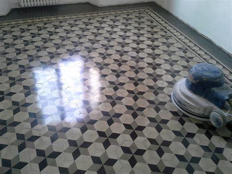pavimenti in cementine posa e lavorazioni cementine a monza e in lombardia
