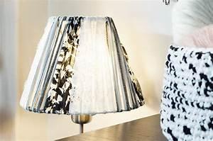 Abat Jour Tissu : un abat jour couture atelier svila ~ Teatrodelosmanantiales.com Idées de Décoration