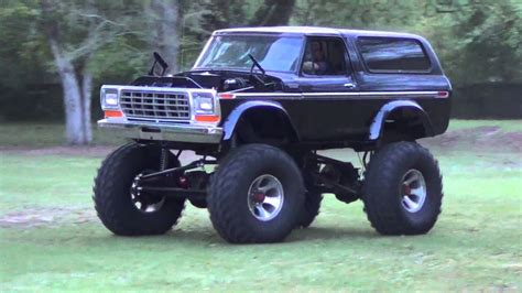 best monster truck videos old ford bronco as a monster truck is the best thing ever