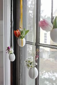 Fensterdeko Zum Aufhängen : osterdeko ostereier baum f r innen und au en und andere coole osterdeko ideen ~ Frokenaadalensverden.com Haus und Dekorationen