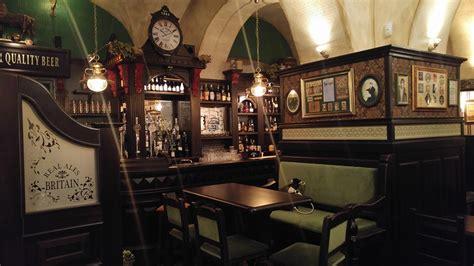 Arredamento Pub Inglese by Croject Arredamento Per Pub Realizzazione Di Locali