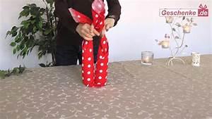 Weinflasche Verpacken Selber Machen : geschenkverpackung f r wein sekt diy furoshiki youtube ~ Watch28wear.com Haus und Dekorationen