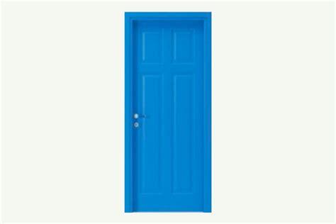 green livingroom blue door 217 on