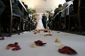 English v American Weddings Traditions | Guides for Brides ...
