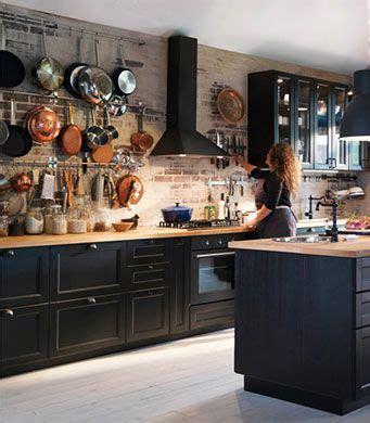 ikea cuisines catalogue cuisine avec faces de tiroir et portes brun noir et portes