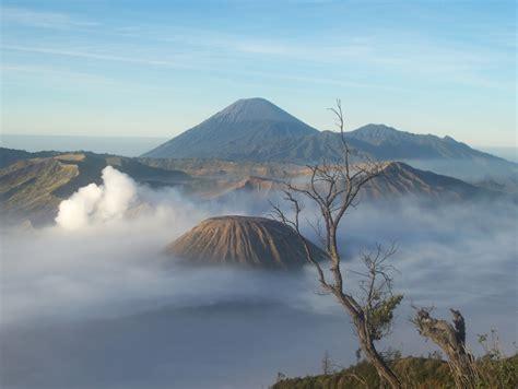 gunung bromo eksotis indonesia tempat wisata foto