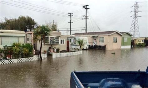san francisco bay area storm roads flooded causing power