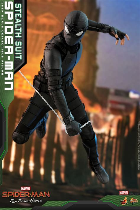 spider man   home stealth suit figure  hot toys
