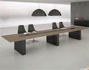 Mostrami foto di scrivanie e tavoli ufficio ti dir? chi sei arredamento