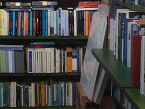 Libreria Santa Croce by Libreria Il Mare Di Carta A Venezia Libreria Itinerari