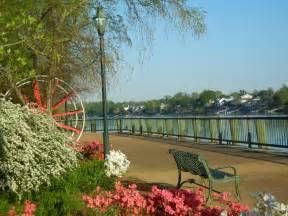 Augusta GA Riverwalk Restaurants