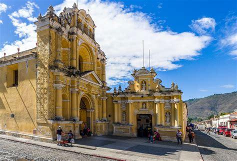 beautiful buildings  antigua guatemala